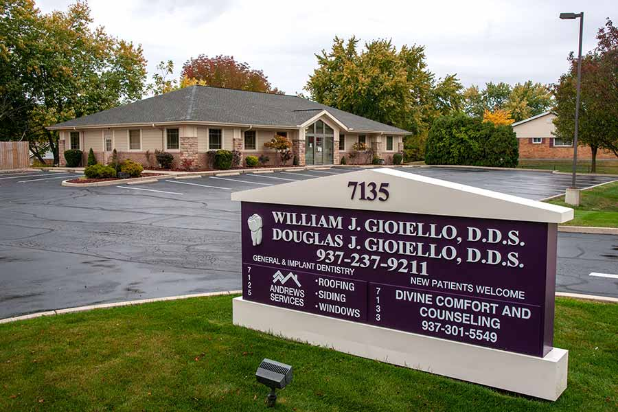 Dental Office in Huber Heights, OH ❘ William J. Gioiello D.D.S. Inc.
